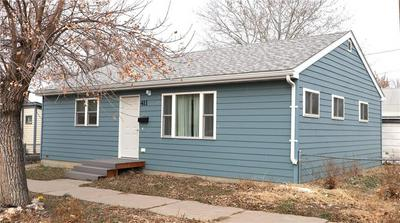 411 E BELL ST, GLENDIVE, MT 59330 - Photo 1