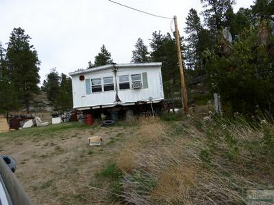 95 HARPER COULEE RD, Roundup, MT 59072 - Photo 2