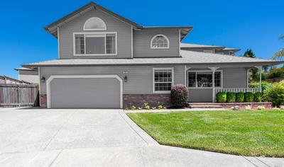 585 PEPPERTREE DR, Windsor, CA 95492 - Photo 2