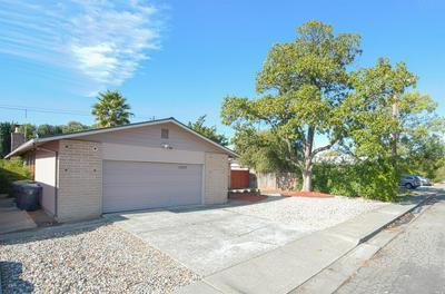 1043 ROOSEVELT ST, Fairfield, CA 94533 - Photo 2