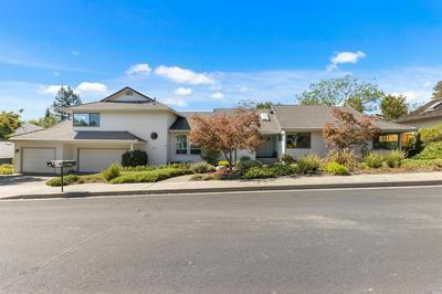 9489 VINECREST RD, Windsor, CA 95492 - Photo 1