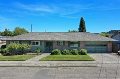 423 W 1ST ST, Cloverdale, CA 95425 - Photo 2