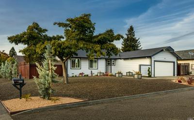 661 ELY BLVD S, Petaluma, CA 94954 - Photo 1