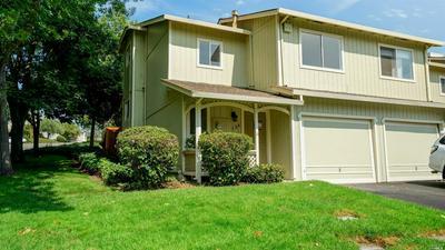 136 ACORN DR, Petaluma, CA 94952 - Photo 2