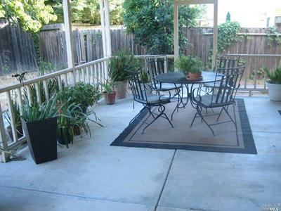 343 PORTSMOUTH AVE, Vacaville, CA 95687 - Photo 2