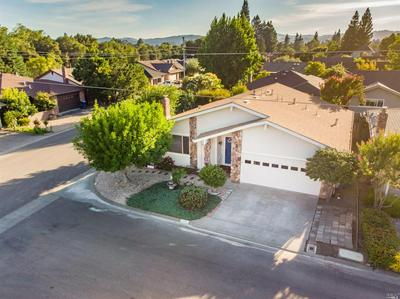 205 COTTONWOOD CIR, Healdsburg, CA 95448 - Photo 1