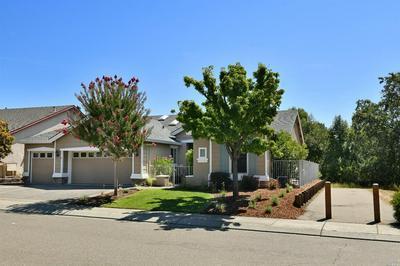 402 CLOVER SPRINGS DR, Cloverdale, CA 95425 - Photo 2