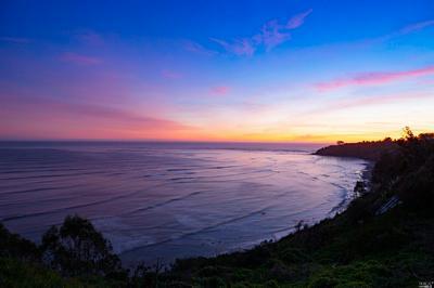 8 OCEAN AVE, Bolinas, CA 94924 - Photo 2