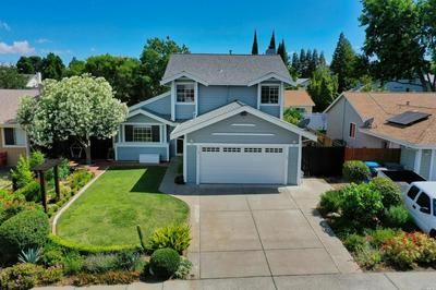 218 WEXFORD LN, Vacaville, CA 95688 - Photo 2