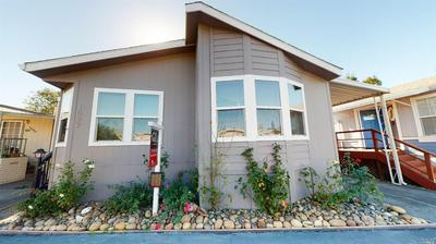 1022 MAPLE DR, Windsor, CA 95492 - Photo 2