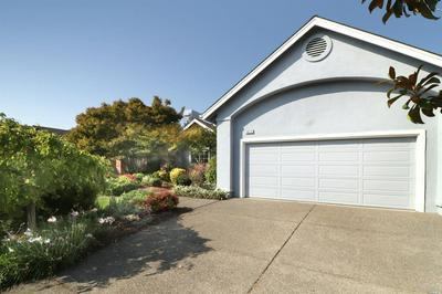 1073 ELSBREE LN, Windsor, CA 95492 - Photo 2