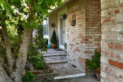 435 MEADOWGREEN DR, Santa Rosa, CA 95409 - Photo 2