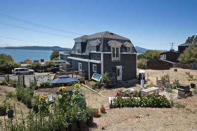 700 OCEAN AVE, Point Richmond, CA 94801 - Photo 2