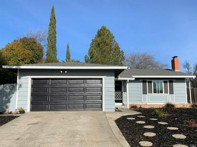 1106 MEADOWLARK DR, Fairfield, CA 94533 - Photo 2