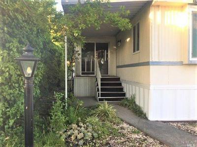 1011 ELM ST, Windsor, CA 95492 - Photo 2