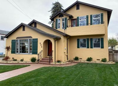 220 S JEFFERSON ST, Napa, CA 94559 - Photo 2