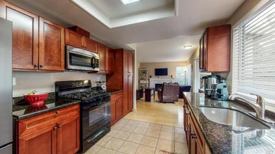 108 CORNELL ST, Windsor, CA 95492 - Photo 2