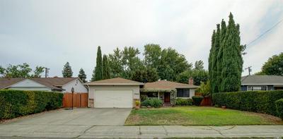 701 WEST D STREET, Dixon, CA 95620 - Photo 2