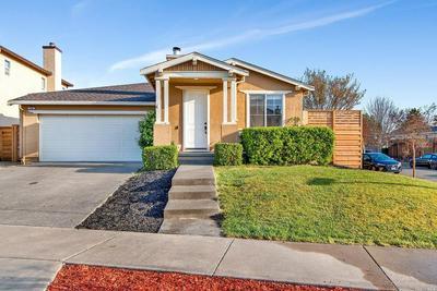 174 DECANTER CIR, WINDSOR, CA 95492 - Photo 2
