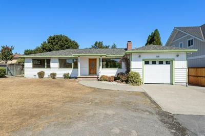105 KELLY LN, Petaluma, CA 94952 - Photo 1