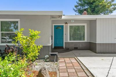 37 HUNTINGTON WAY, Petaluma, CA 94952 - Photo 2