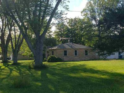 2245 E CODY ESTEY RD, Pinconning, MI 48650 - Photo 1