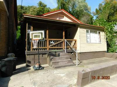 827 VINSON ST, WILLIAMSON, WV 25661 - Photo 1