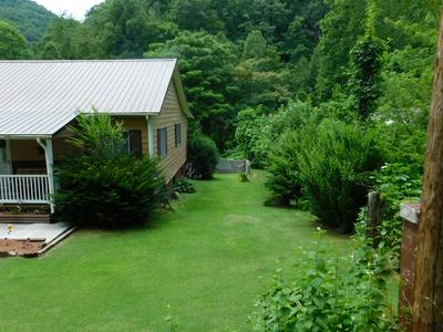 154 NEW CAMP DR, WELCH, WV 24801 - Photo 2