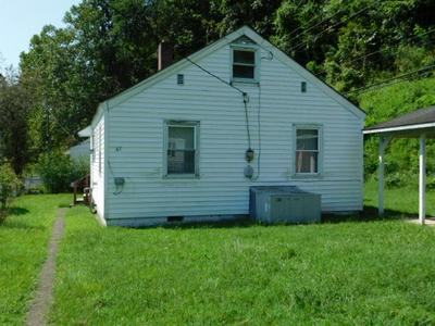 67 76TH ST, KOPPERSTON, WV 24870 - Photo 2