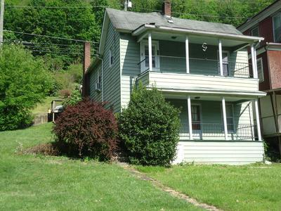 100 MAPLE AVE, WELCH, WV 24801 - Photo 1