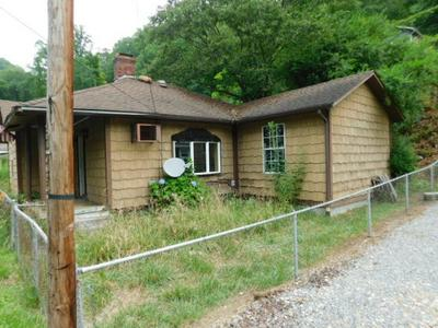 99 2ND HILL ST, ITMANN, WV 24847 - Photo 2