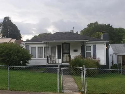 209 SHUMATE ST, OAK HILL, WV 25901 - Photo 1