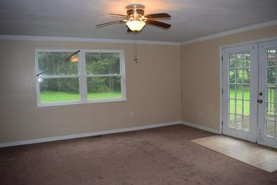 131 SHARON ST, BECKLEY, WV 25801 - Photo 2