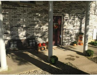 200 MICHIGAN AVE, BECKLEY, WV 25801 - Photo 2