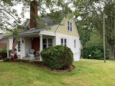 212 CRESCENT RD, BECKLEY, WV 25801 - Photo 1