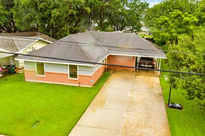 121 JEAN ELLEN AVE, Houma, LA 70363 - Photo 2