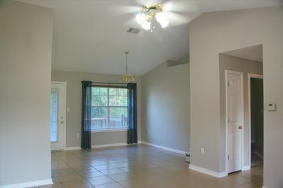 5203 WHITEHURST LN, Crestview, FL 32536 - Photo 2