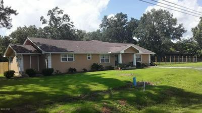 3245 MAIN ST, Vernon, FL 32462 - Photo 1