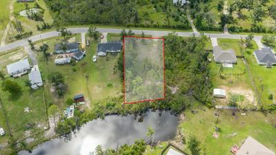 9139 INDIAN BLUFF RD, Youngstown, FL 32466 - Photo 2