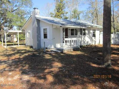 1420 JACKSON AVE, Chipley, FL 32428 - Photo 1