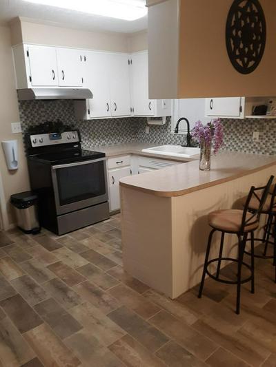 2741 CHIPLEY ST, COTTONDALE, FL 32431 - Photo 2
