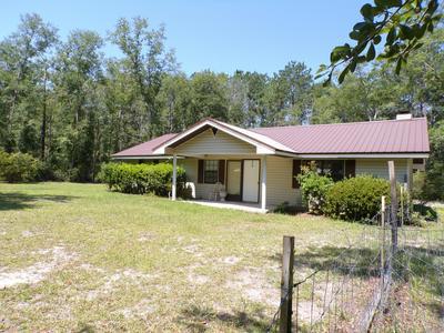 3422 COOK CIR, Vernon, FL 32462 - Photo 1