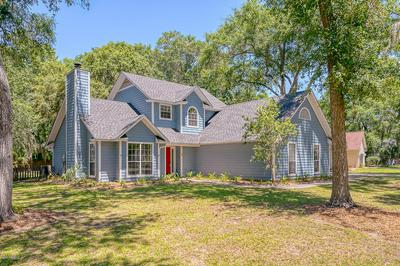 18 CHRISTINE DR, Beaufort, SC 29907 - Photo 1