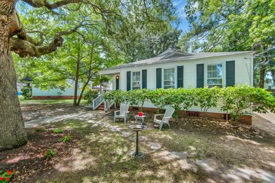 2704 OAKLAWN ST, Beaufort, SC 29902 - Photo 2