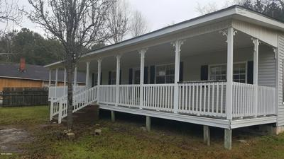 105 MIDDLE ST E, Hampton, SC 29924 - Photo 2