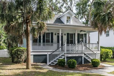 6 HOLBROOK DR, Beaufort, SC 29902 - Photo 2