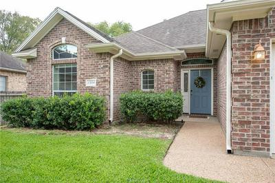 2304 KENDAL GREEN CIR, College Station, TX 77845 - Photo 2
