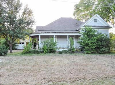 415 N 2ND ST, Normangee, TX 77871 - Photo 1