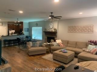 303 GILCHRIST AVE, College Station, TX 77840 - Photo 2