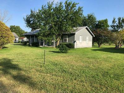 7182 COMMERCE RD, Iola, TX 77861 - Photo 2